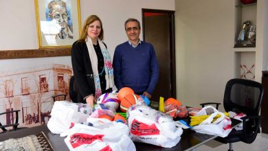 Photo of ENTREGA DE MATERIALES DEPORTIVOS A LA ESCUELA PRESIDENTE MARCELO T. DE ALVEAR
